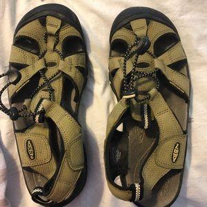 Keen water outdoor shoes